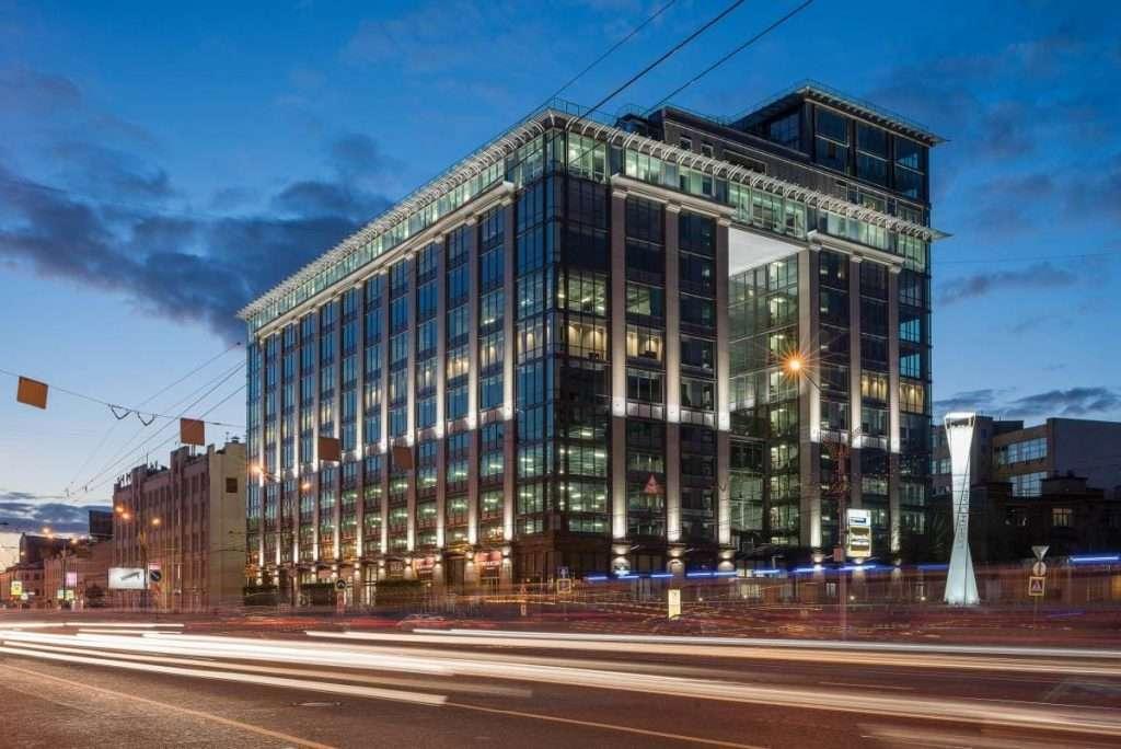 Офис АУФИ находится практически в центре Москвы в бизнес центре класса А